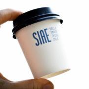 bicchieri caffè con coperchio per asporto
